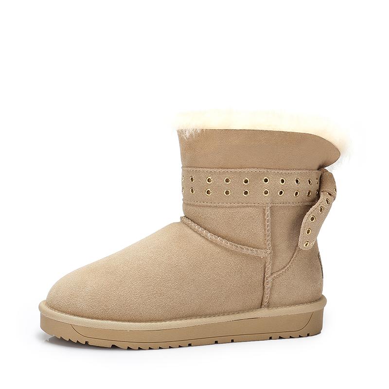 camel/骆驼女鞋 秋冬新款 个性金属孔带雪地靴舒适保暖中筒靴女靴子