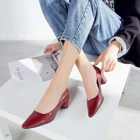 新款�n版少女小清新真皮�涡�粗跟高跟�\口尖�^性感百搭�r尚工作鞋