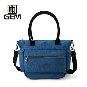 【SUISSEWIN旗舰店 支持礼品卡支付】时尚女包斜跨包便携大容量休闲包户外旅行背包