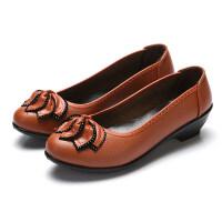 春季妈妈鞋单鞋中年软底平底鞋防滑舒适妈妈鞋休闲皮鞋工作鞋女鞋