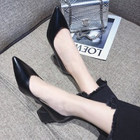 女士尖头高跟鞋韩版时尚浅口单鞋2019春季新款V口百搭粗跟工作鞋