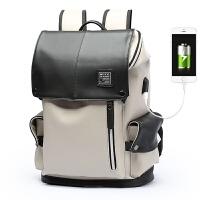 男士真皮双肩包旅行背包时尚潮流书包韩版商务电脑包大容量