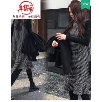 港风大码女装秋装胖mm2018新款洋气两件套装遮肉连衣裙子微胖减龄 背带裙+打底衫优质版