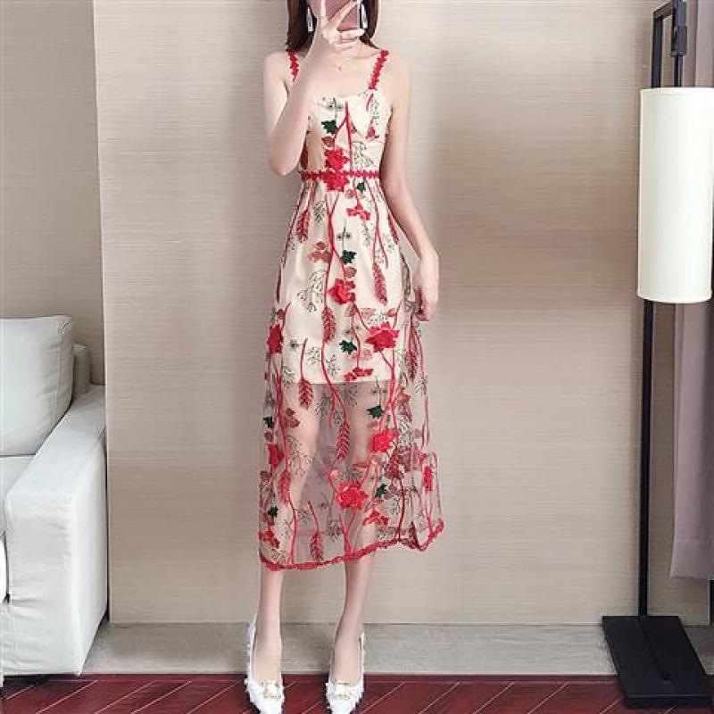 清凉一夏!青春靓丽很仙的法国小众吊带连衣裙女夏2019新款桔梗长裙子法式复古裙过膝 红色