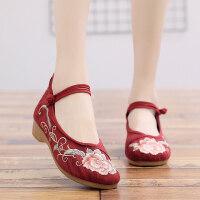 新款绣花单鞋北京老布鞋民族风刺绣女鞋圆头坡跟中式汉服舞蹈鞋子