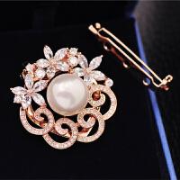 人造珍珠花朵胸针女围巾披肩丝巾扣两用外套别针开衫胸花配饰